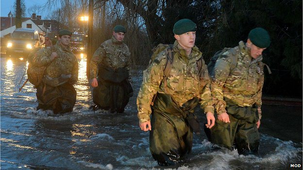TROOPS UK FLOODS